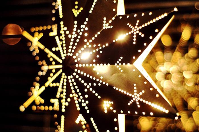 christmas-743444_1280
